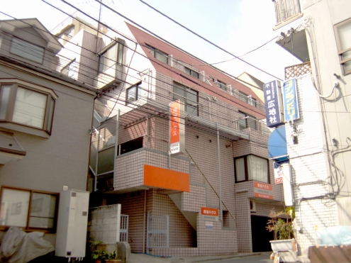 The Appearance Picture Of YOTSUYA HOUSE (Apartment)